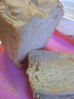 ホームベーカリーでライ麦食パン