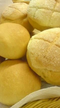 豆乳パンでメロンパン