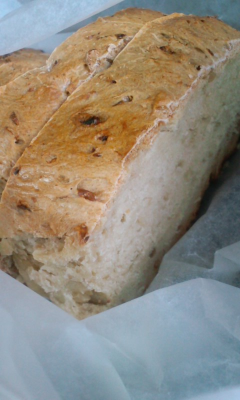 玄米味噌酵母のパン